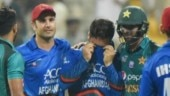 Shoaib Malik wins hearts for consoling Afghanistan's Aftab Alam after Pakistan win