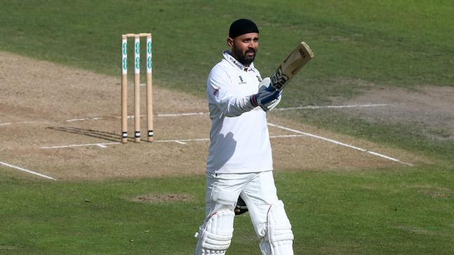 Murali Vijay starred in Essex's eight-wicket win over Nottinghamshire