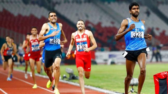 Jinson Johnson won the men's 1500m with a time of 3 minute 44.72 seconds.