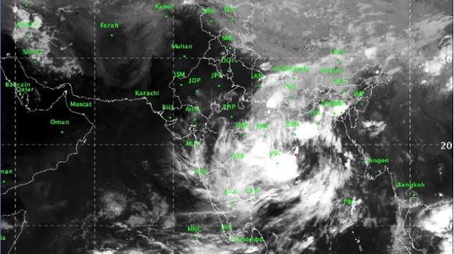 Andhra Pradesh, Odisha put on high alert after cyclone warning