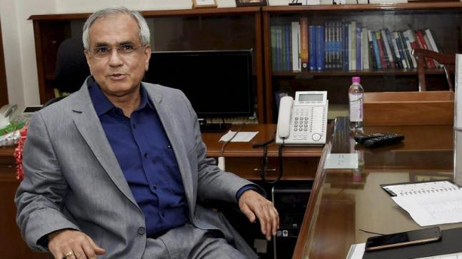 Raghuram Rajan responsible for economic slowdown, says Rajiv Kumar