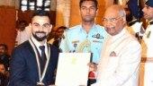 Virat Kohli receives Khel Ratna from President Kovind at Rashtrapati Bhavan