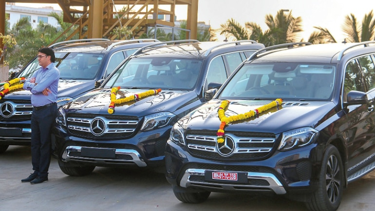 Surat Based Diamond Trader Gives 3 Mercedes Cars To Staff Mail