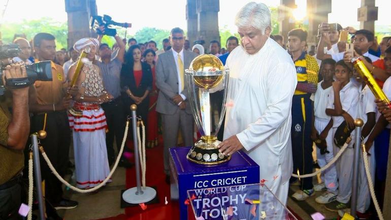 Arjuna Ranatunga is one of Sri Lanka's most celebrated cricketers (Arjuna Ranatunga Twitter Photo)