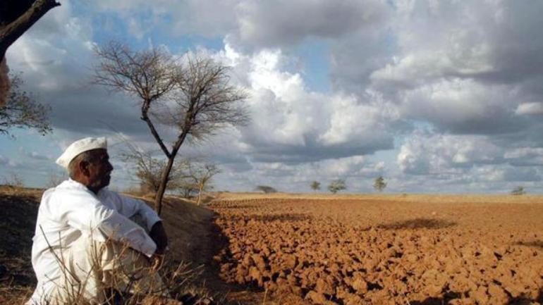 fadnavis says announcement on drought in maharashtra by october 31