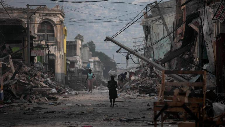 Haiti quake kills at least 14, aftershock jolts nervous residents