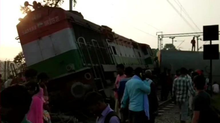 New Farakka Express derailment: Railways suspend 2 officials