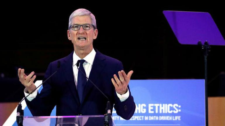 Tim Cook calls for federal privacy law in the US