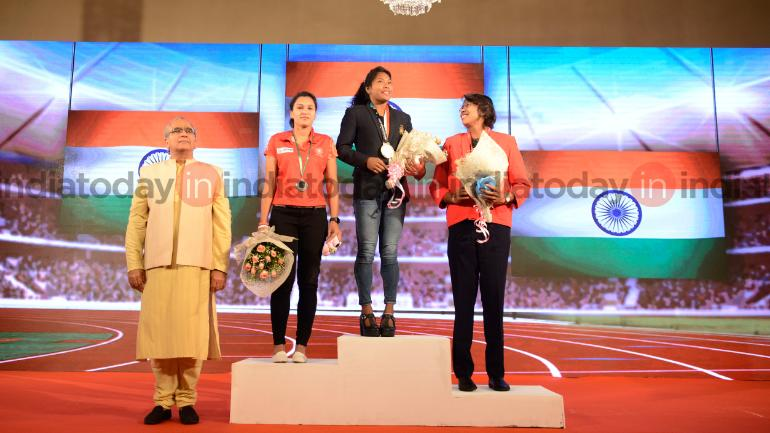 Swapna Barman with Jhulan Goswami and Rani Rampal at the India Today East Conclave 2018 (India Today Photo)