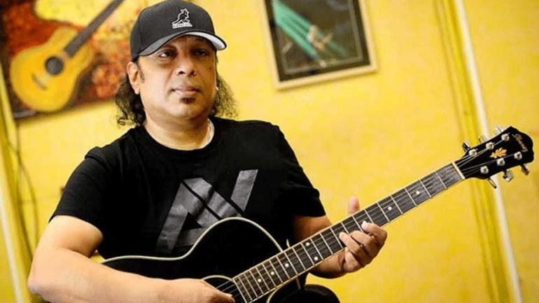 IMG AYUB BACHCHU, Singer, Rock Musician, Guitarist and Songwriter