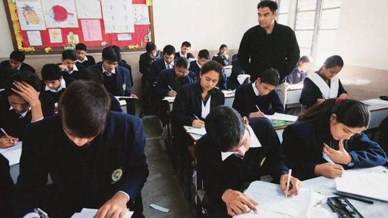 CBSE issues major rule change: Schools cannot register over 40 students per section