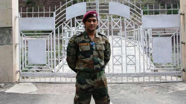 dhoni_territorial_army2.jpeg?xwBqhw_M2cx