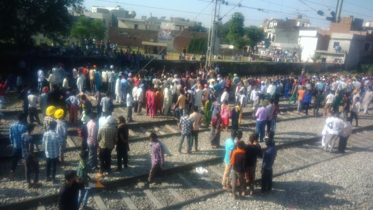 Amritsar train accident: Driver says he was given green signal ...