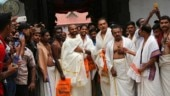 Shastri, Umesh, Dhawan visit Sree Padmanabhaswamy temple ahead of 5th ODI