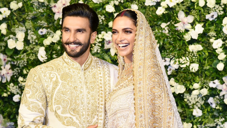 Deepika and Ranveer look like royalty at their Mumbai reception!