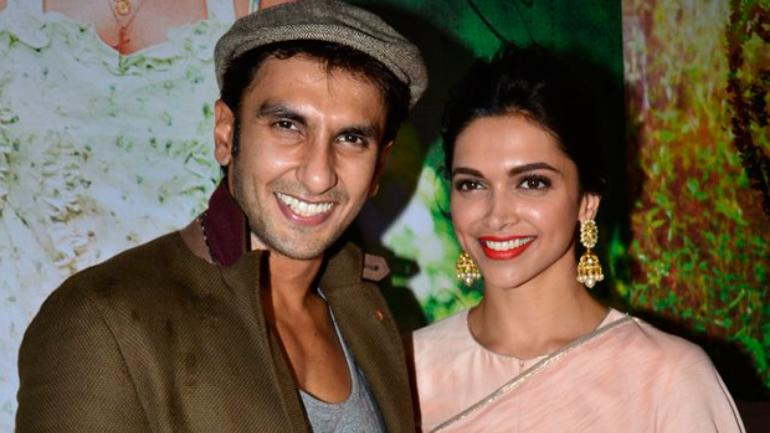 Deepika and Ranveer will wear Sabyasachi at their Sindhi wedding.
