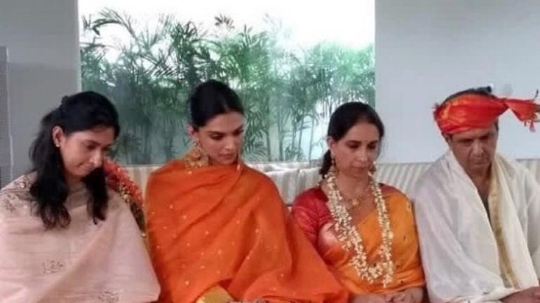 (L-R) Anisha Padukone, Deepika Padukone, Ujjala Padukone and Prakash Padukone