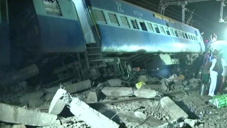 Empty train derails in UP, 17 others affected
