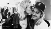 Justin Bieber tags wife Hailey in an adorable post. Their PDA is couple goals