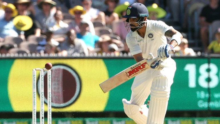 Australia in trouble struggle to 89 4 at lunch on Day 3