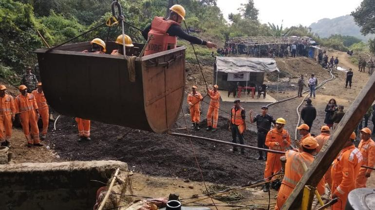 Missing officials & missing pumps delay rescue of Meghalaya miners