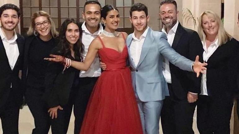 41b32d8a603a Priyanka Chopra is a stunning princess in this red gown for Hindu ...