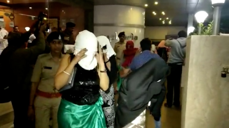 Surat Police raids all-woman booze party at hotel, arrests 21