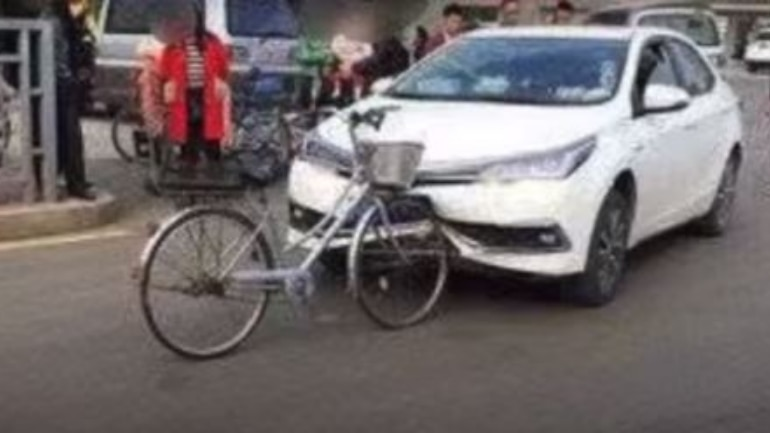 bicycle destroys car after crash  without a scratch on itself