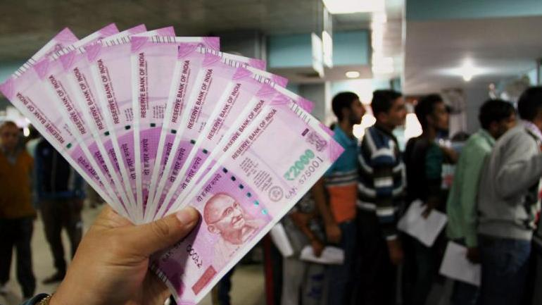Government to stop printing of Rs 2000 notes, says report