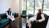 With Tejashwi Yadav by his side, Akhilesh Yadav says new year, new PM