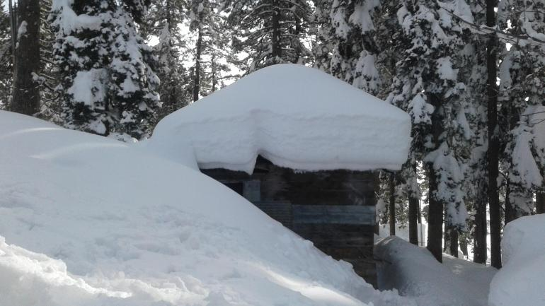 Kashmir Is Going Through The 40 Day Long Period Of Harsh Winter Weather Ed
