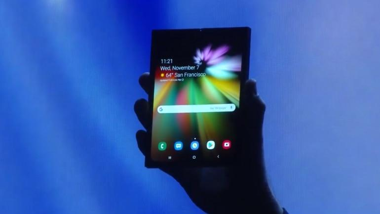 Samsung Galaxy F foldable phone shown at CES 2019, it bends