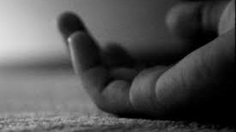 Maharashtra: Man kills pregnant wife, sleeps beside corpse before surrendering