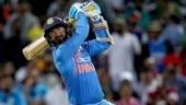 Sunil Gavaskar picks Dinesh Karthik ahead of Rishabh Pant in World Cup squad