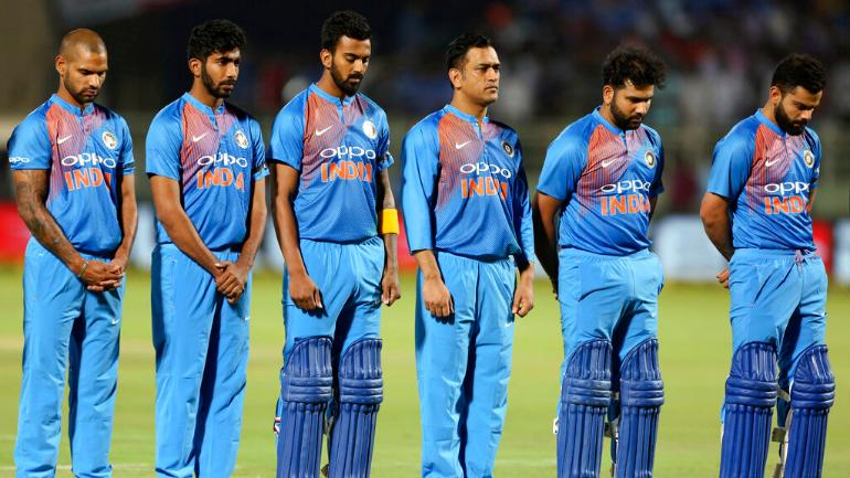During 2 Minute Silence In Honour Of Pulwama Martyrs Virat