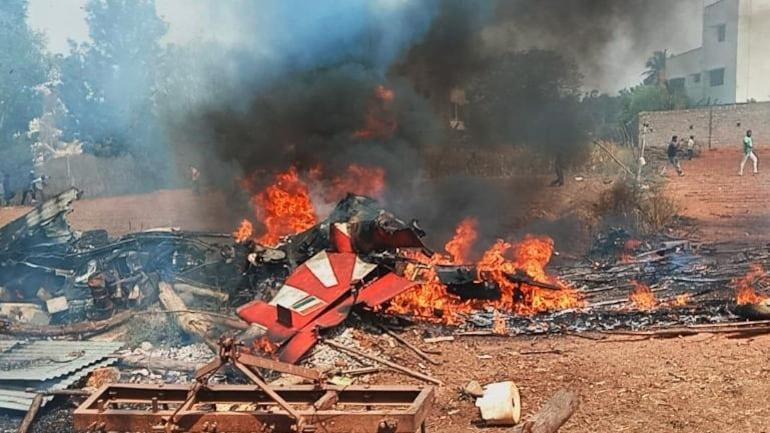 Surya Kiran Crash: Hawk jets crash during Aero India prep in Bengaluru, 1 pilot dead