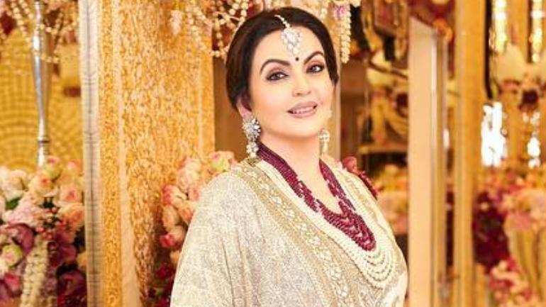 Nita Ambani Is Stunning In Off White Lehenga For Akash And