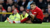 Manchester United's Alexis Sanchez out for up to two months with knee injury
