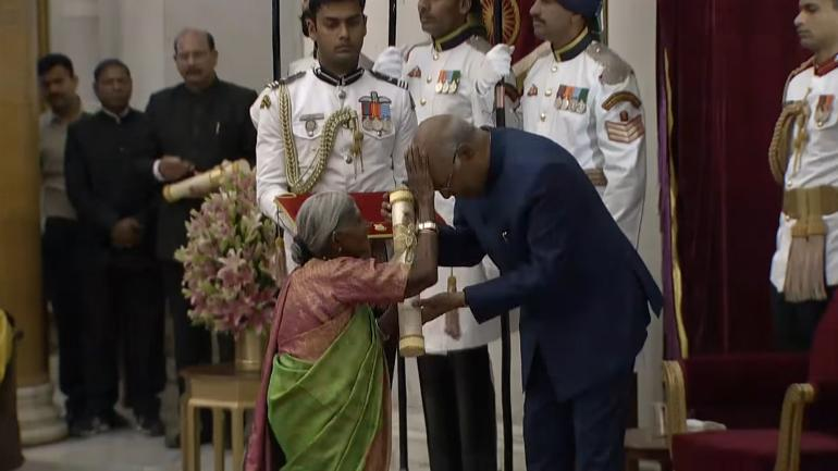 When Mother of Trees touched forehead of President Ram Nath Kovind to bless him   WATCH