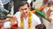 Gautam Gambhir in trouble for holding public meeting without EC permission