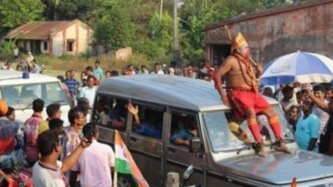 Fact Check: Truth behind photos of man dressed as Hanuman shared as BJP candidate from Bengal