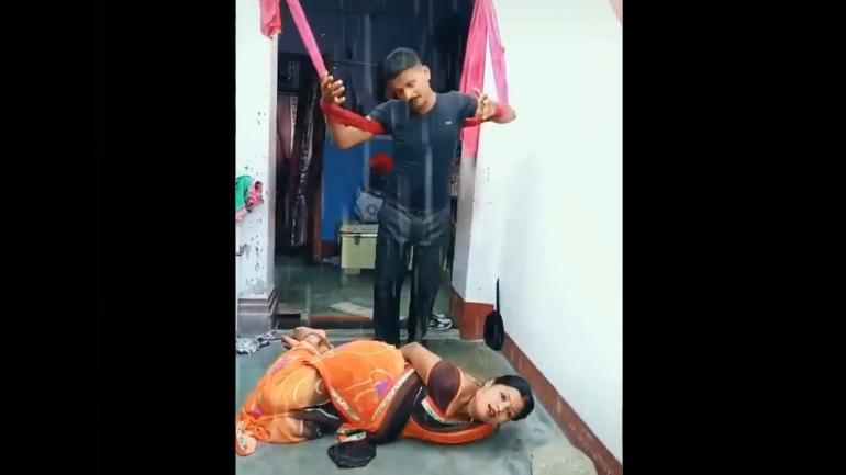 Couple beats Hema Malini and Manoj Kumar at Kranti song in TikTok