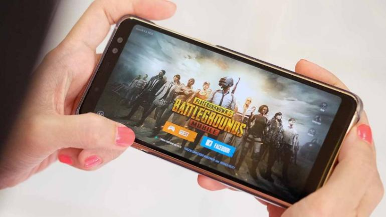Woman asks for divorce after husband doesn't allow her to play PUBG