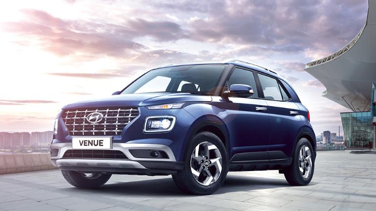 Hyundai Venue New Compact Suv Gets A Thumbs Up For Price Features