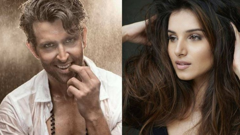 Tara Sutaria says Hrithik Roshan would make a hot teacher.