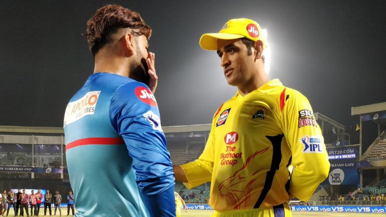 IPL 2019: MS Dhoni shares insights, Rishabh Pant listens with rapt attention - Sports News