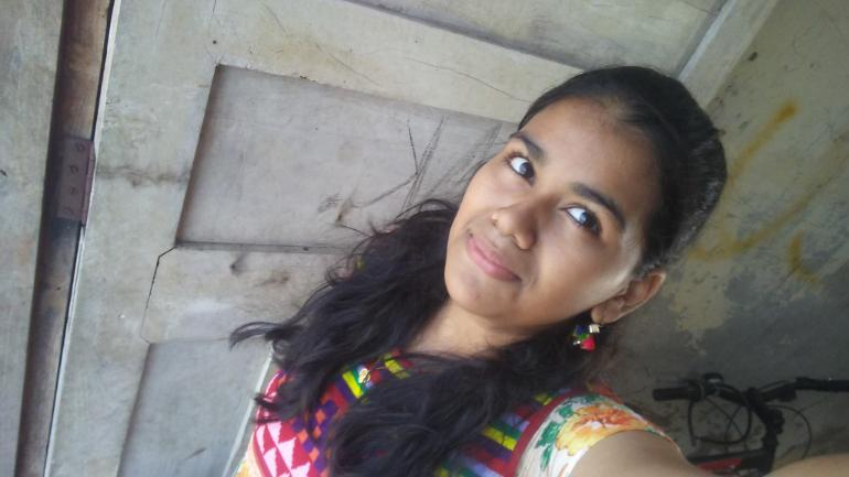 Mumbai 16 Year Old Charred To Death As Parents Lock Room