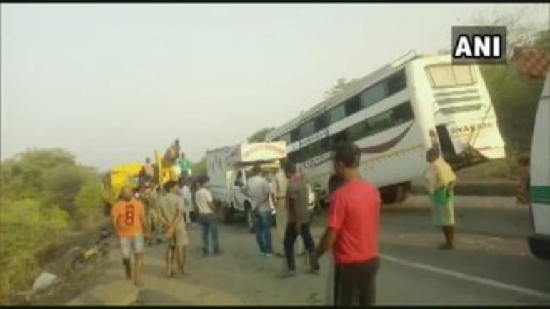 11 killed, 22 injured in road accident in Hazaribagh - India News