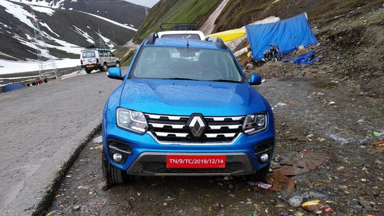2020 Renault Duster spotted completely undisguised near Zoji La pass