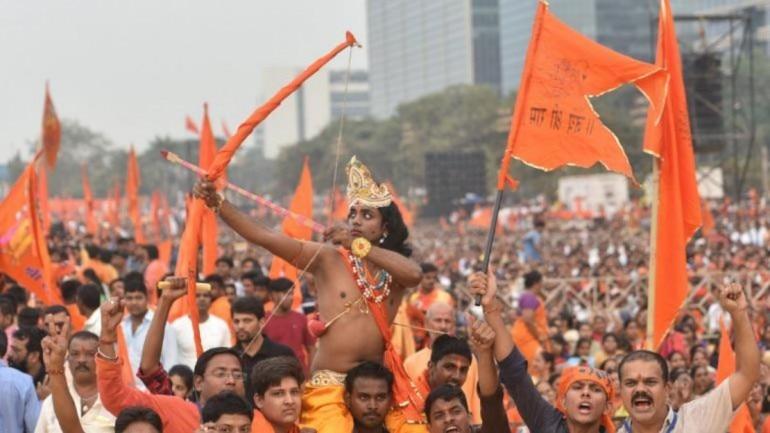 Akhara Parishad renews demand ...